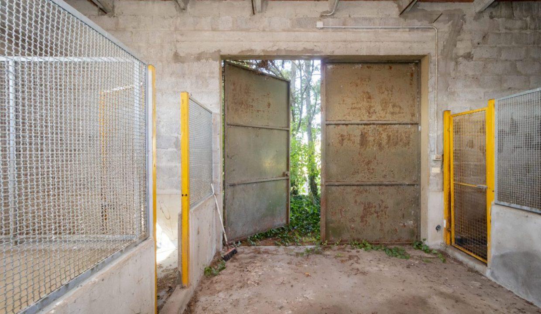 13 - Gruppo Vela Conselve garage esterno