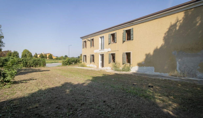 3 Gruppo Vela Conselve vista laterale casa singola